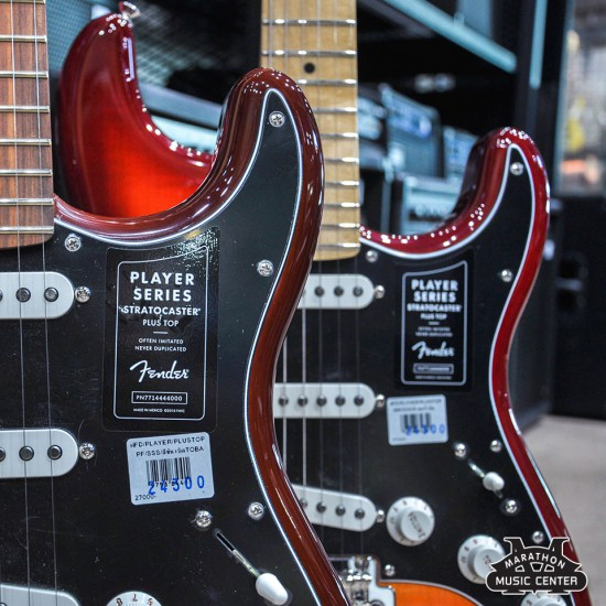Fender Player Stratocaster SSS Plus Top